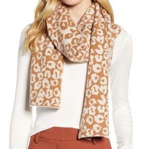 HALOGEN wool cashmere cheetah 🐆 scarf NWT